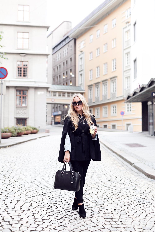 3fb7b6a1 Coat: H&M / Denim shirt: Rails LA / Jeans: Nelly / Bag: Adax by Caroline  Berg Eriksen / Boots: Zara